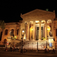 Abendvergnügen, in Palermo