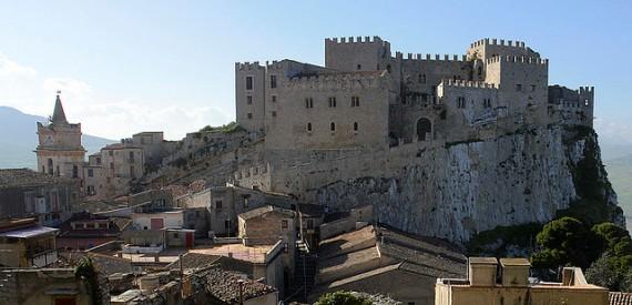 castles of Sicily: Caccamo