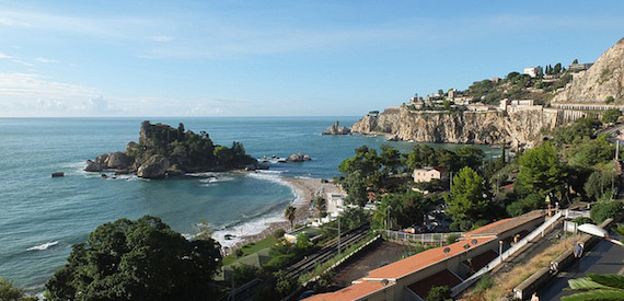 where is Taormina Sicily