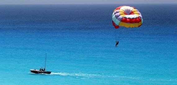 parasailing in Sicilia